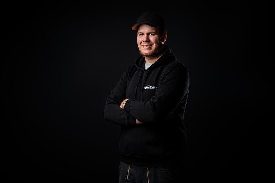 Jasper Leismann, Dachdecker-Helfer
