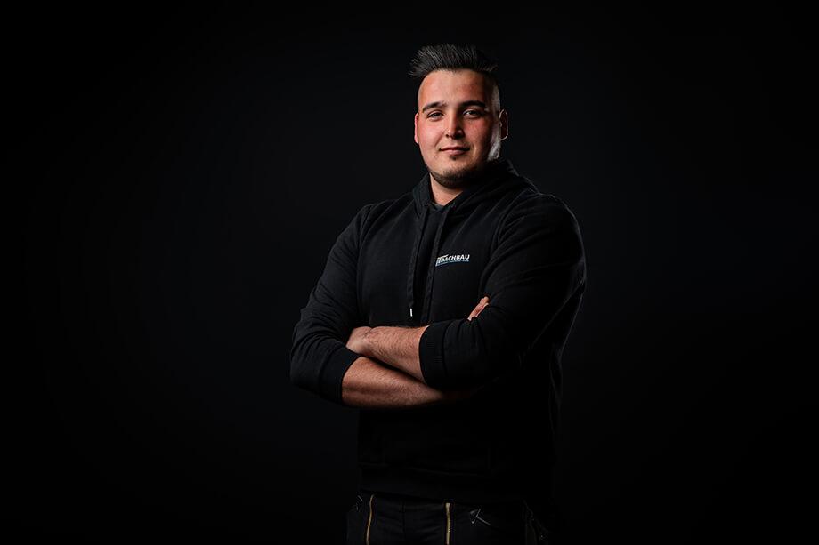 Ricardo Rodrigues, Dachdeckergeselle